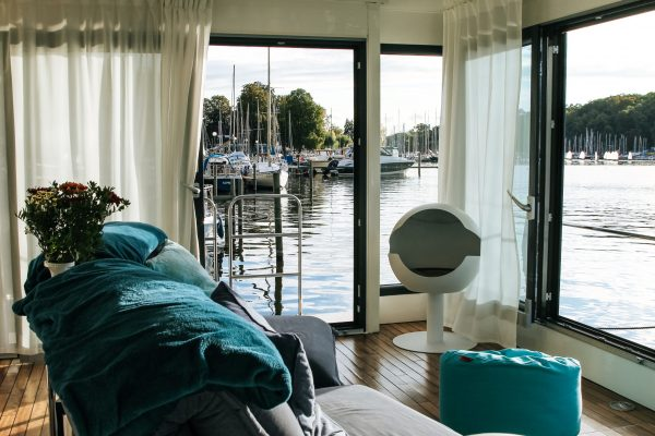 Hausboot White von Innen