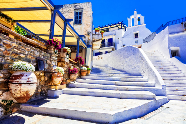 Kleine Straßen auf der griechischen Insel Naxos