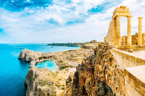 Eine Sehenswürdigkeit auf Rhodos: Die Akropolis von Lindos