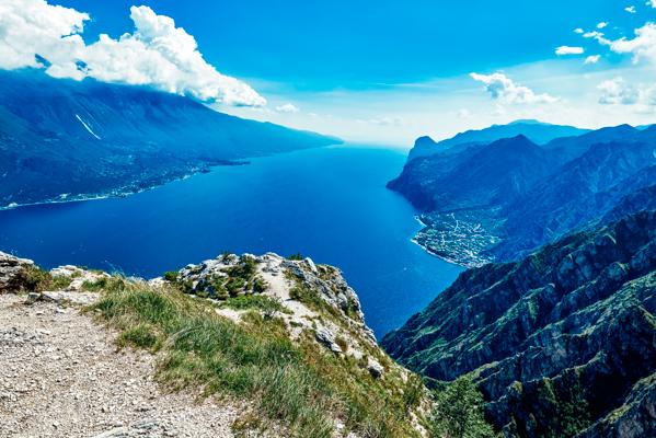 Ausblick auf den Gardasee von Riva del Garda