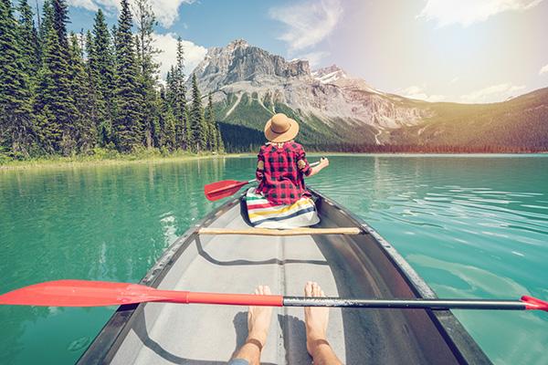 Kanu fahren auf dem See - Aktivurlaub Wandern