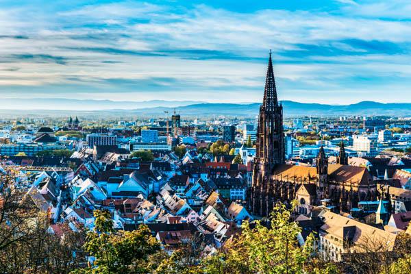 Blick auf Freiburg und Freiburger Münster