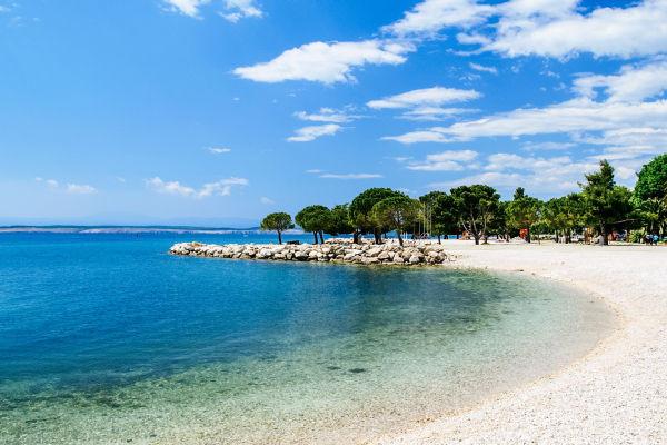 idillyc-adriatic-beach