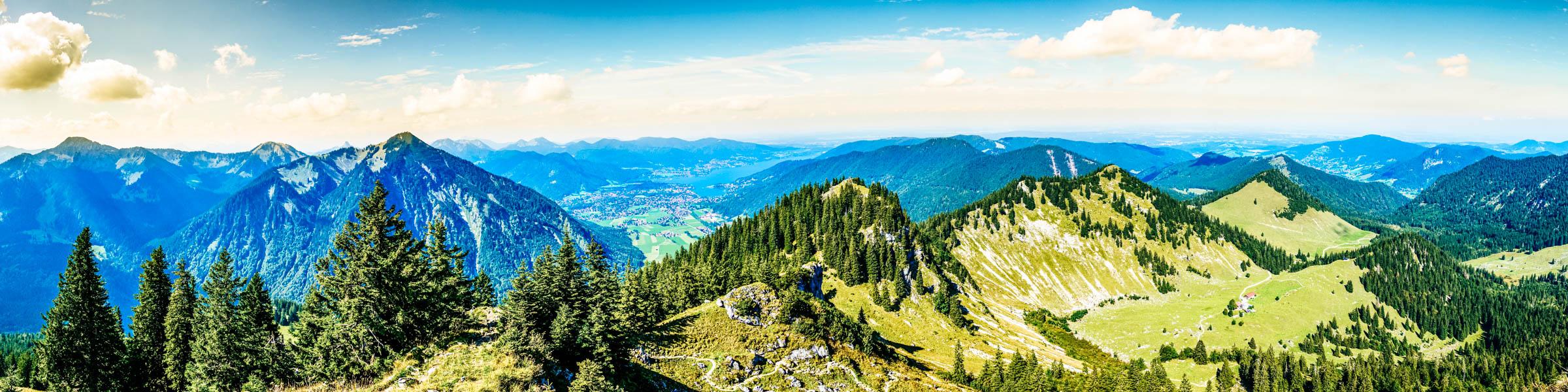 Blick auf die Berge in Bayerns Urlaubsregionen